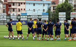 Fenerbahçe Cocu ile ilk idmanına çıktı