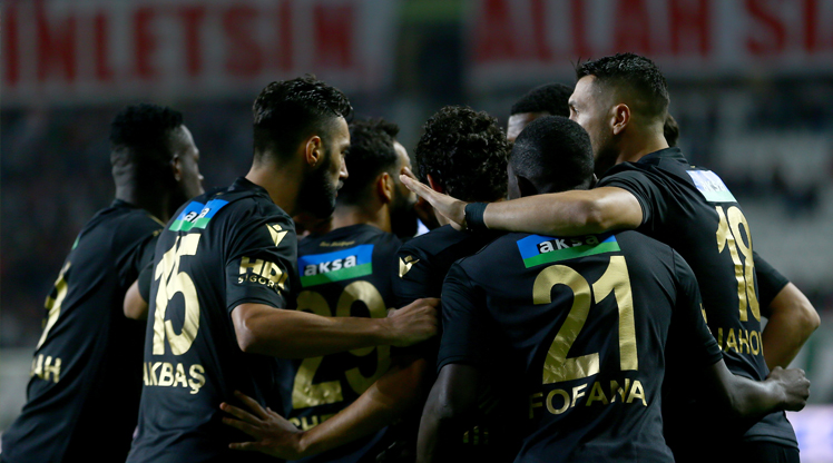 İttifak Holding Konyaspor BTC Türk Yeni Malatyaspor maç özeti