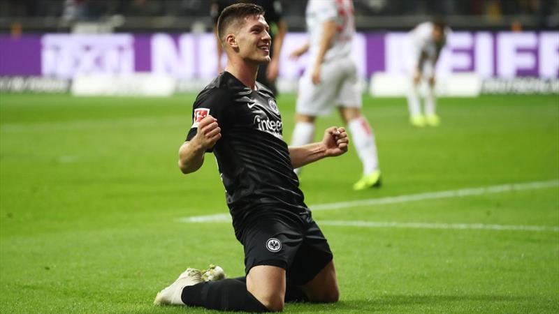 Real ve Barça Jovic'in peşinde!