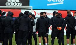 Beşiktaş'ta yönetim kolları sıvadı