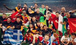 Galatasaraylı futbolculardan şampiyonluk kutlaması (2019)