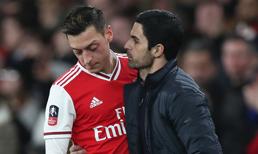 Arteta, Mesut'a forma şansı vermek istemiyor