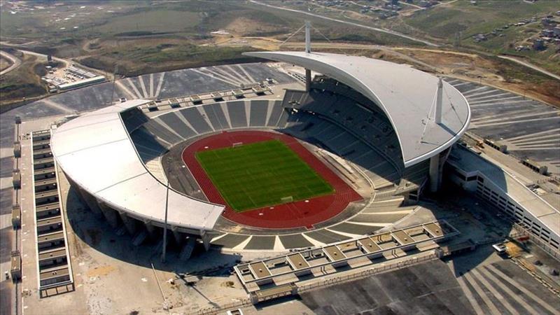 TFF, Süper Lig'de yeni sezonda takımların stadyumlarında %50 kapasiteyle seyirci ağırlayabileceğini duyurdu. Hangi takımın kaç seyirci önünde oynayabileceğini listeledik...